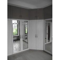 Шкаф белый текстурный