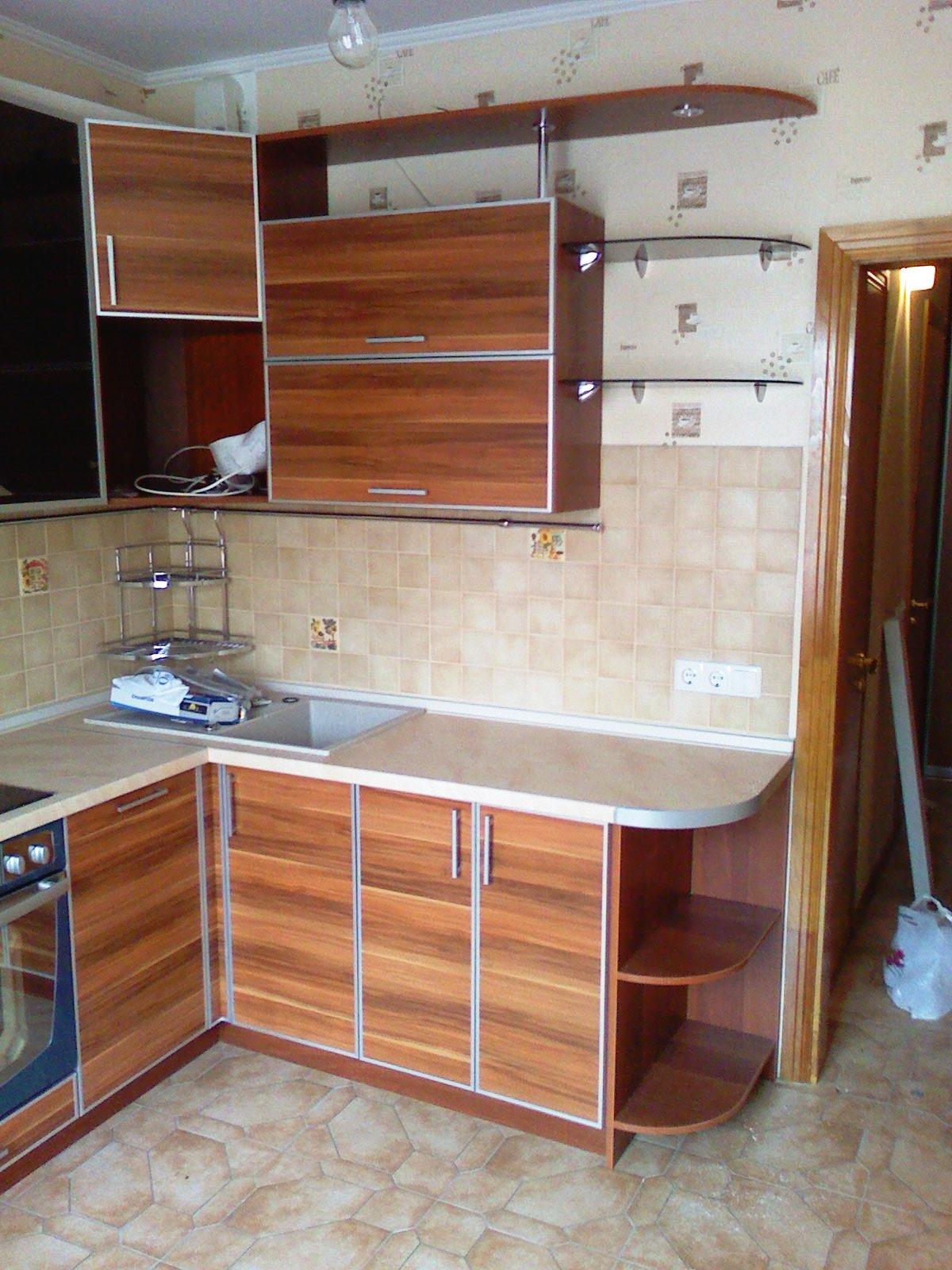 Кухня ДСП дерево