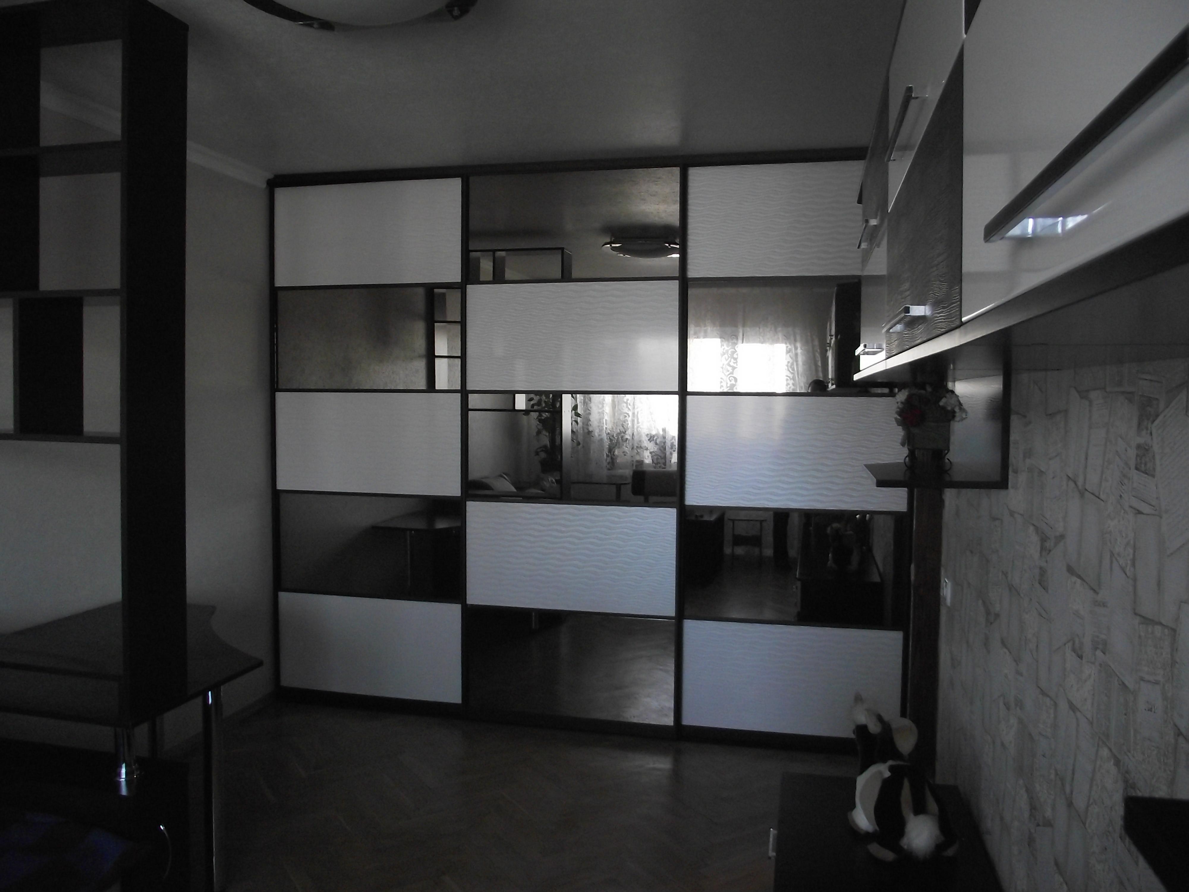 Гостиная черно-белая