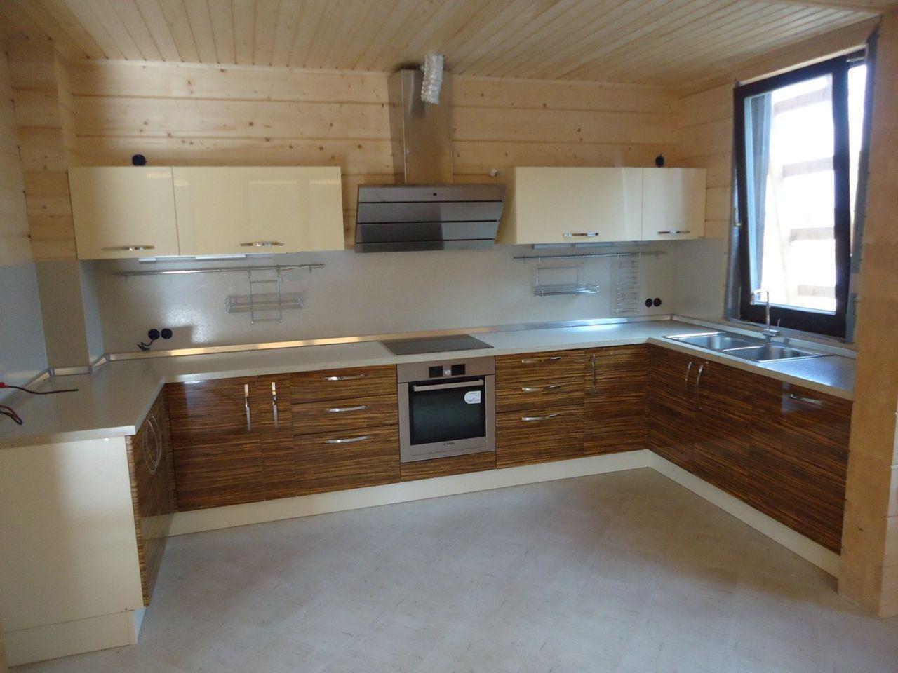 Кухня шпон белая дерево